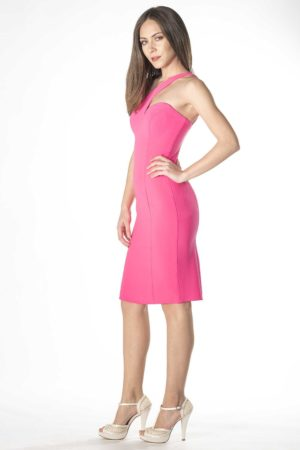 Figurbetontes One-Shoulder-Minikleid aus Krepp